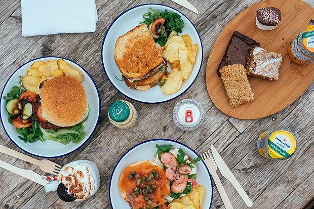 foxlake-boardside-cafe-lunch.jpg