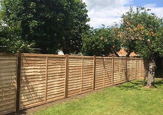wood fencing bedford bedfordshire