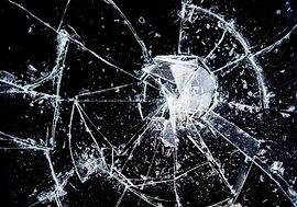 窓ガラス修理