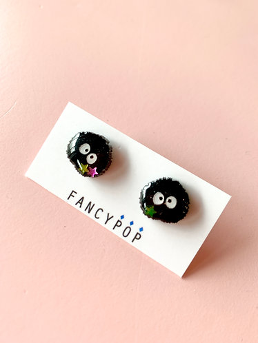 Susuwatari Earrings(Soot Sprite)
