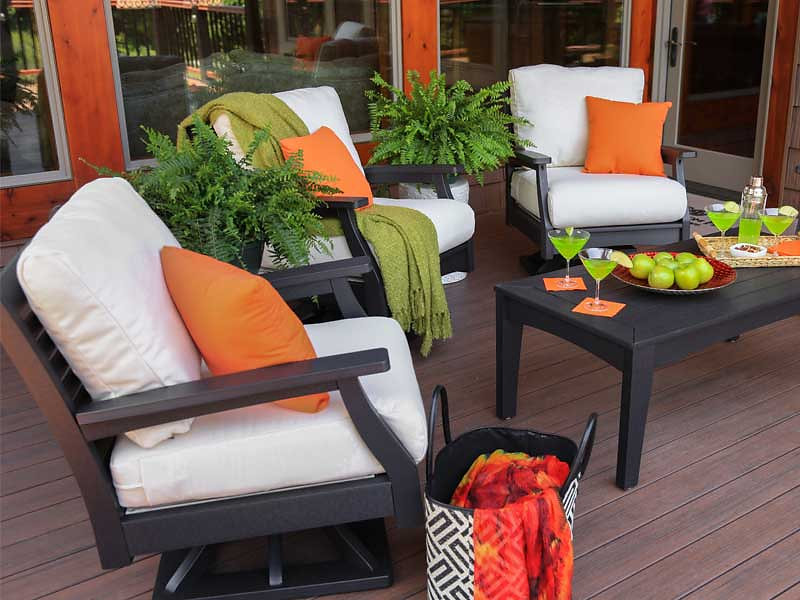 Classic Terrace Comes With Cushions