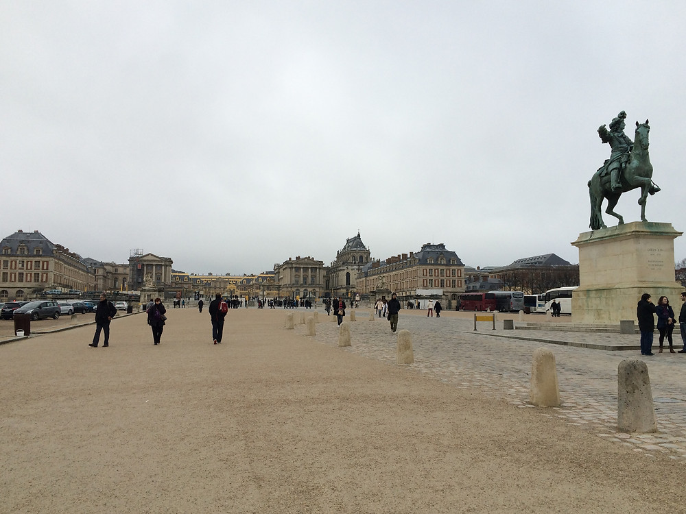 Road leading up to the palace of Versailles in France
