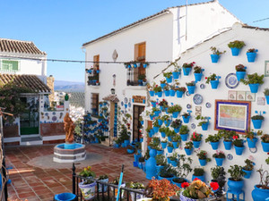 9 Stunning Things To Do in Iznájar