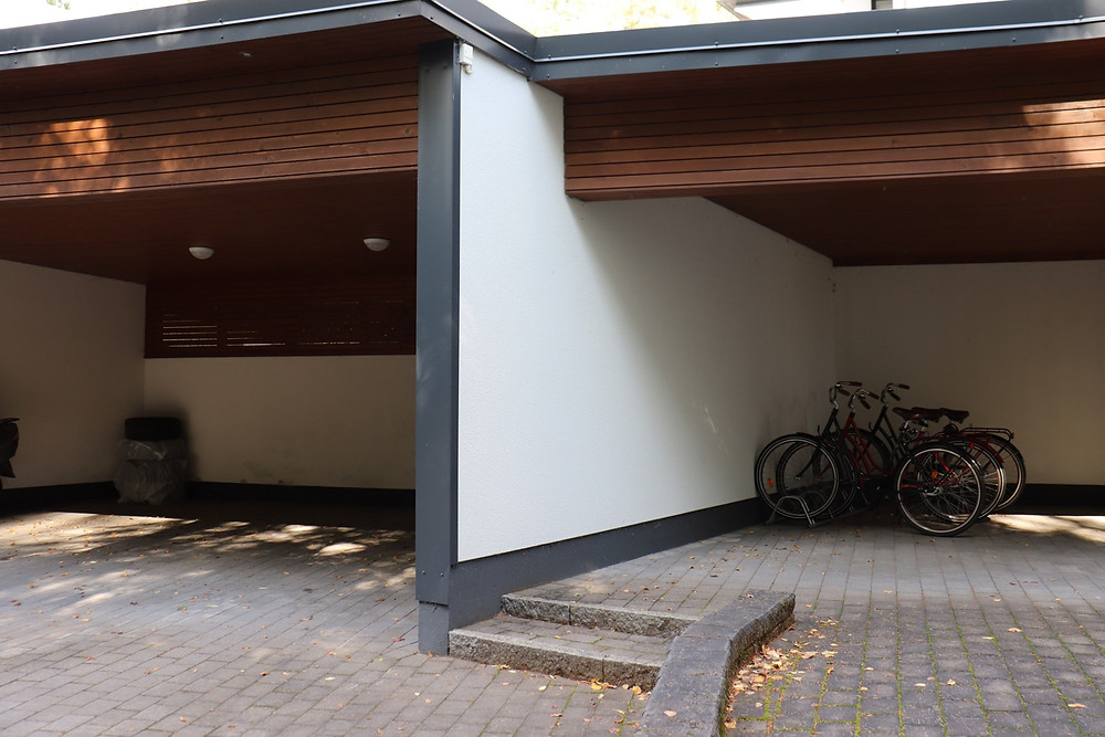 Villa garage and bike storage area Lake Tuusula Finland