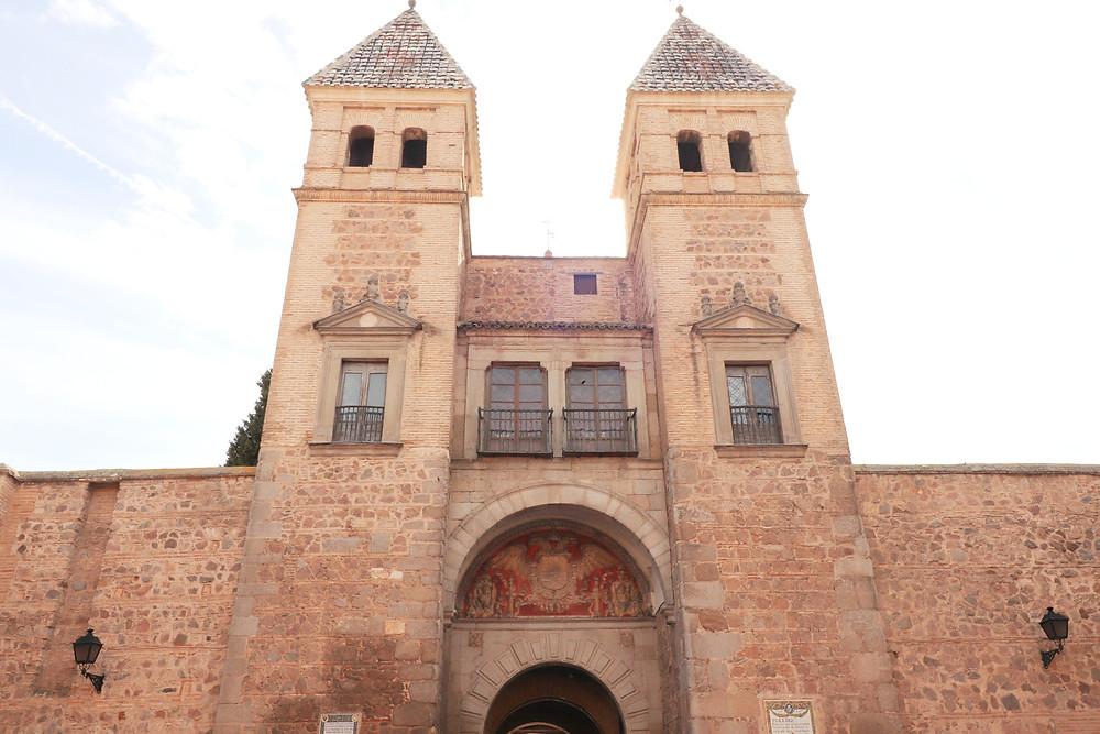 Puerta de Bisagra Nueva, 16th century entrance gate in Toledo