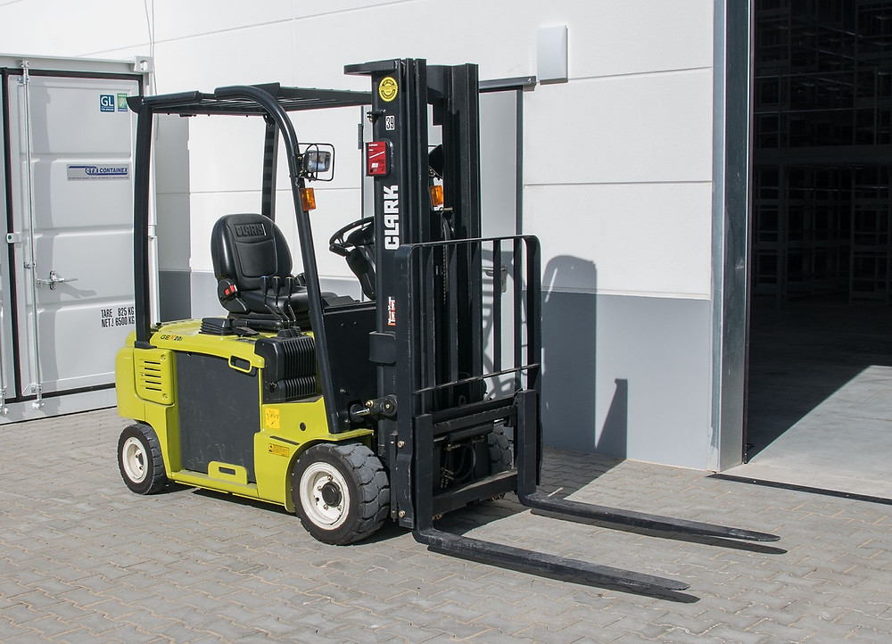 Forklift Tires and Service Repair in Charlotte North Carolina – Should You Fix Your Worn Out
