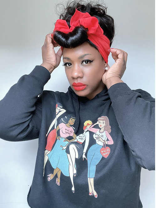 She Loves Vintage Black Cropped Global Clique