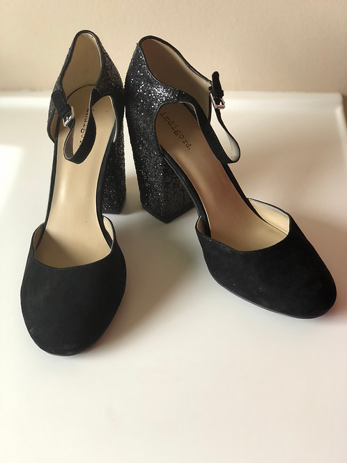 Black and Glitter Shoe