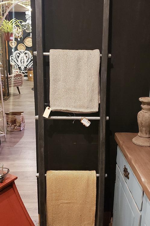 Industrial Style Blanket Ladder