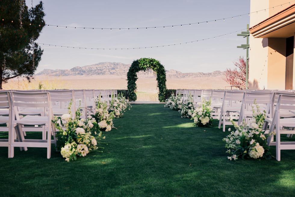 las-vegas-paiute-golf-resort-wedding_1.jpg