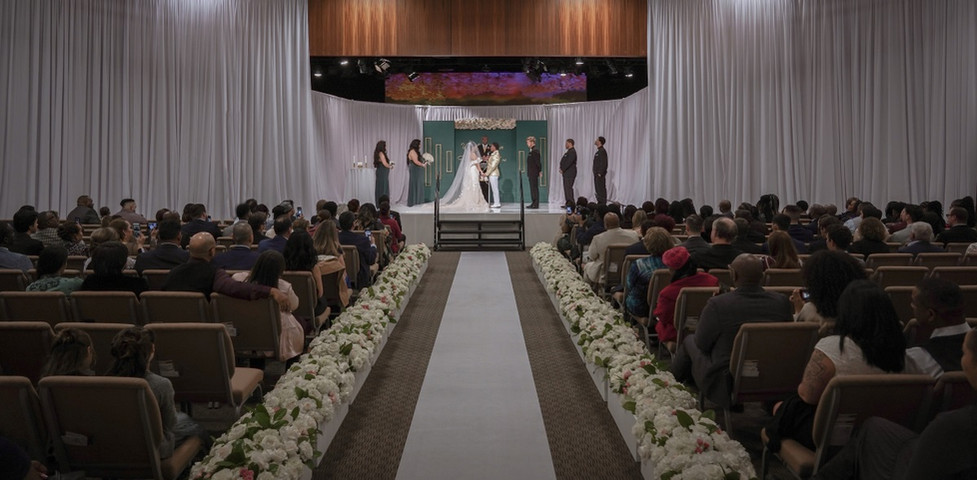 luxury_wedding_silverado_ranch_1.jpg