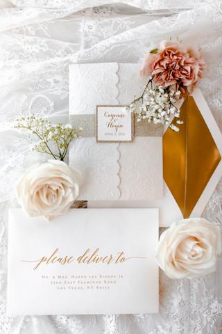 outdoor-wedding-las-vegas-blush-palette_2.jpg