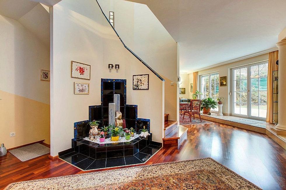 haus verkaufen luxus villa wien maria enzersdorf. Black Bedroom Furniture Sets. Home Design Ideas