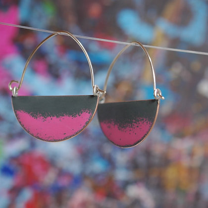 Landscape Earrings - Dark Grey/Neon Pink