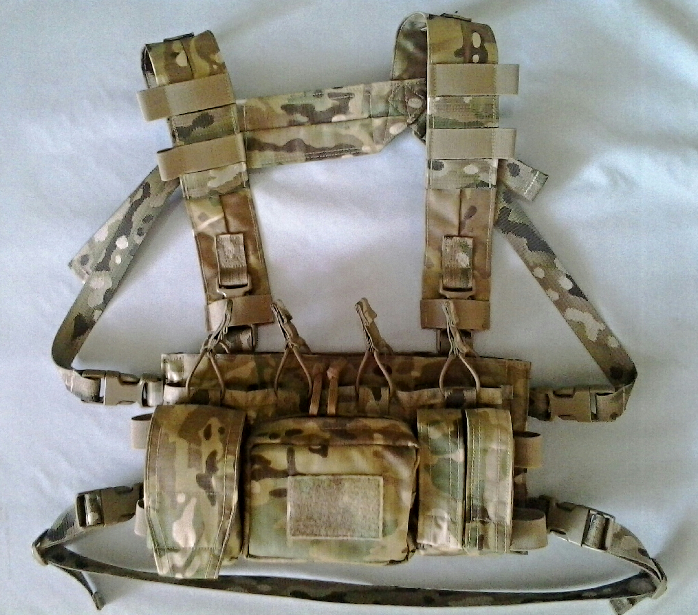 AW Chest Rig