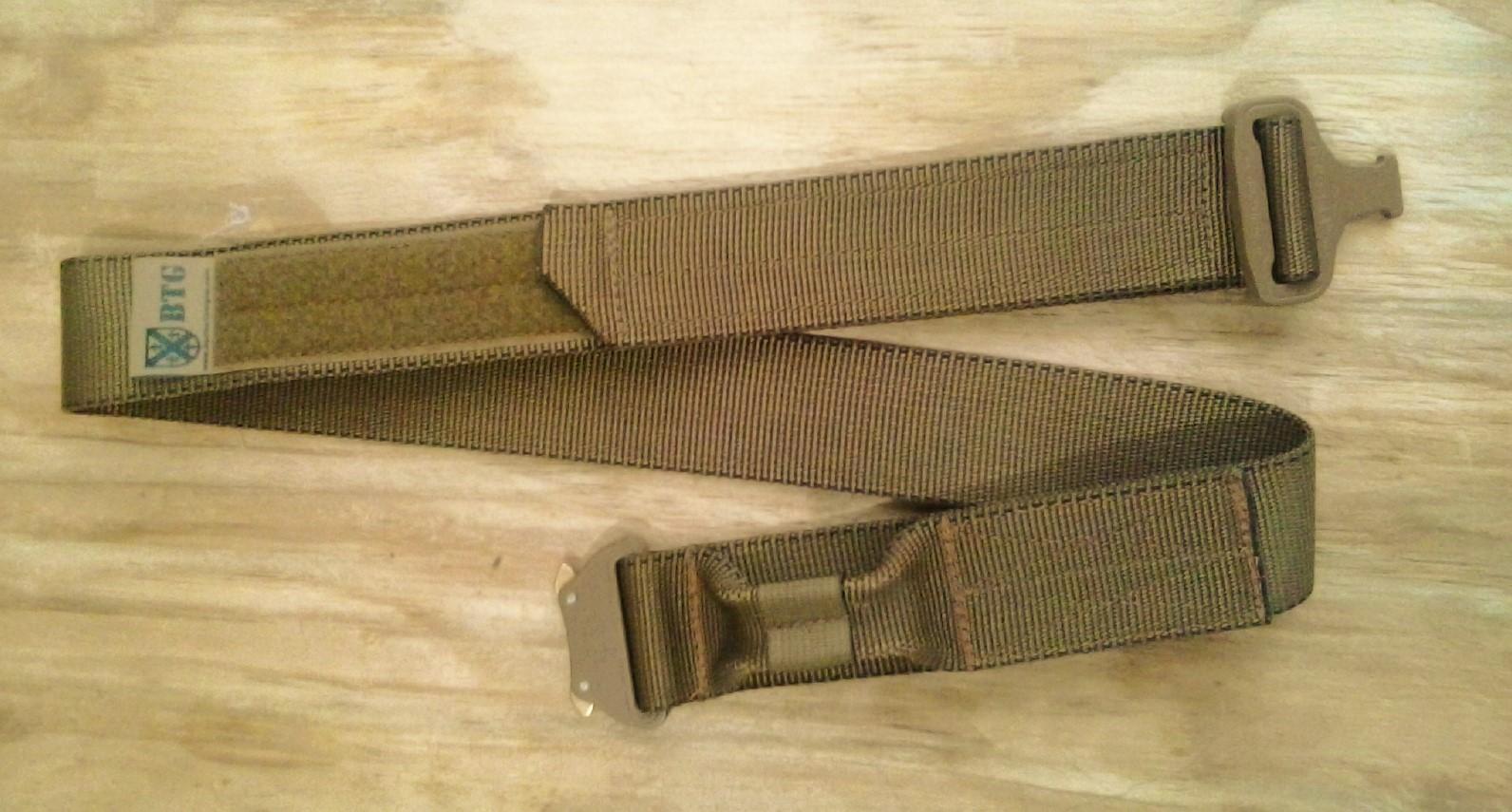 Cinturon con Cobra buckle