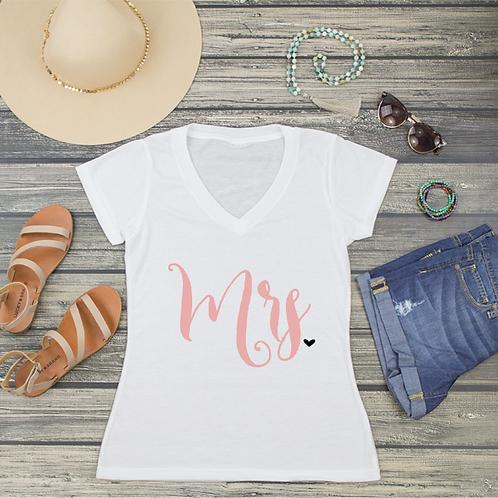 Mrs Heart V-Neck T-Shirt Fashion Tee