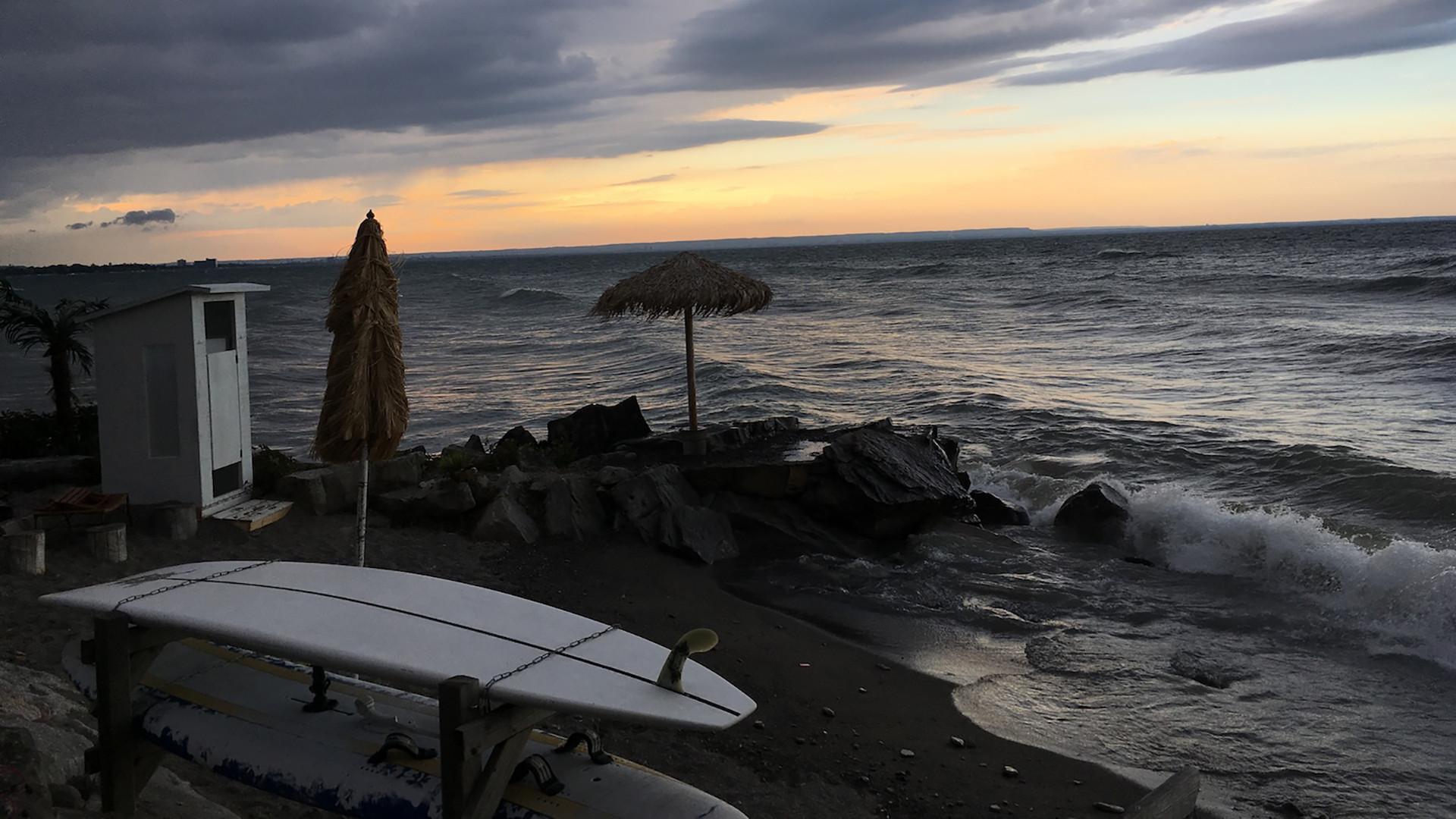 04Love Jacked, California Beach Front; R