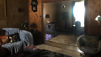 Tammys Living Room; retrofitted, dressed location