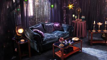 Good Witch(TV movie), Sitting Room; studio set