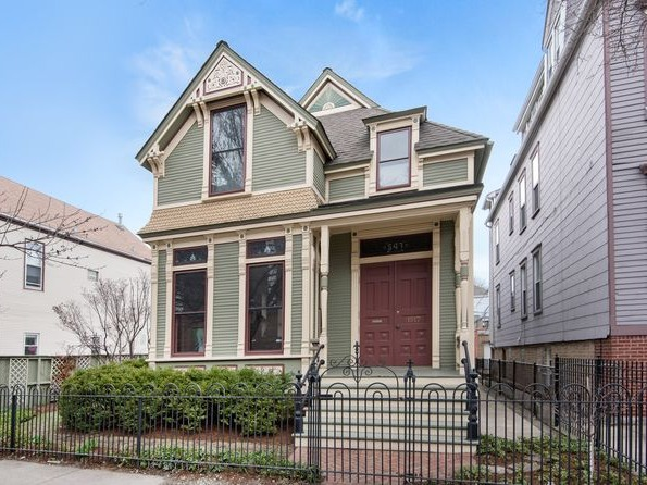 1515-17 West Barry Avenue