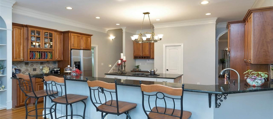 TOP 5 LISTINGS UNDER $1 MILLION FEATURING GOURMET KITCHENS