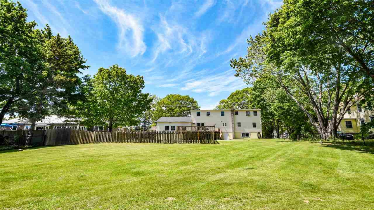 210 1/2 Dover Point Road