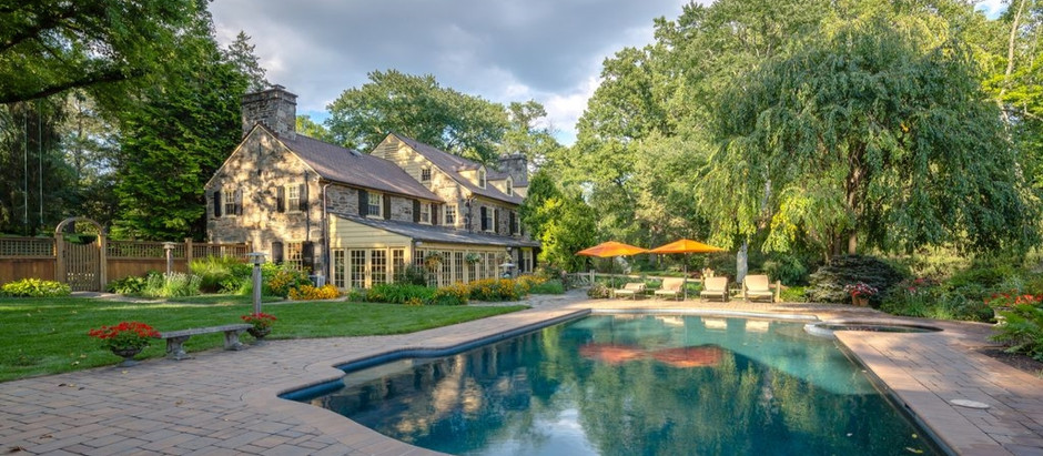 TOP 5 LISTINGS UNDER $2,000,000 WITH A POOL