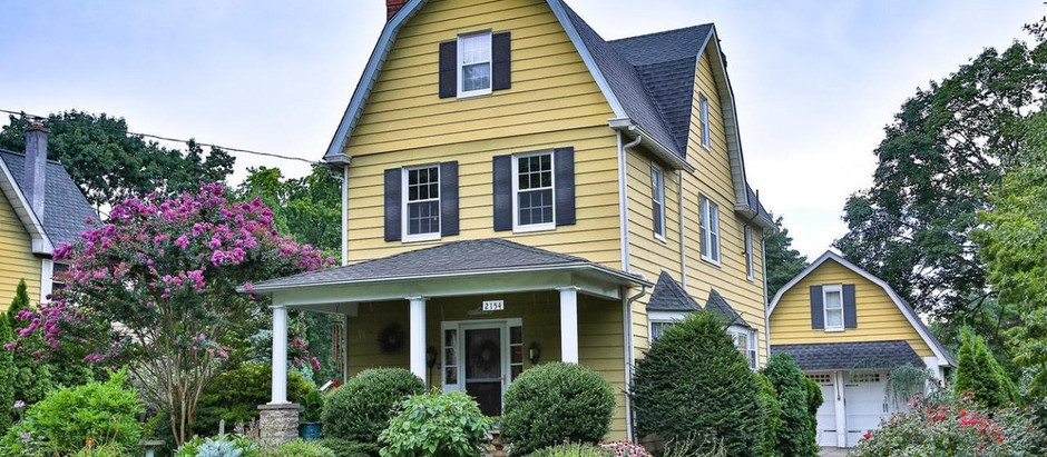 """TOP 5 CLASSIC HOMES IN """"WALK TO THE TRAIN"""" LOCALE"""