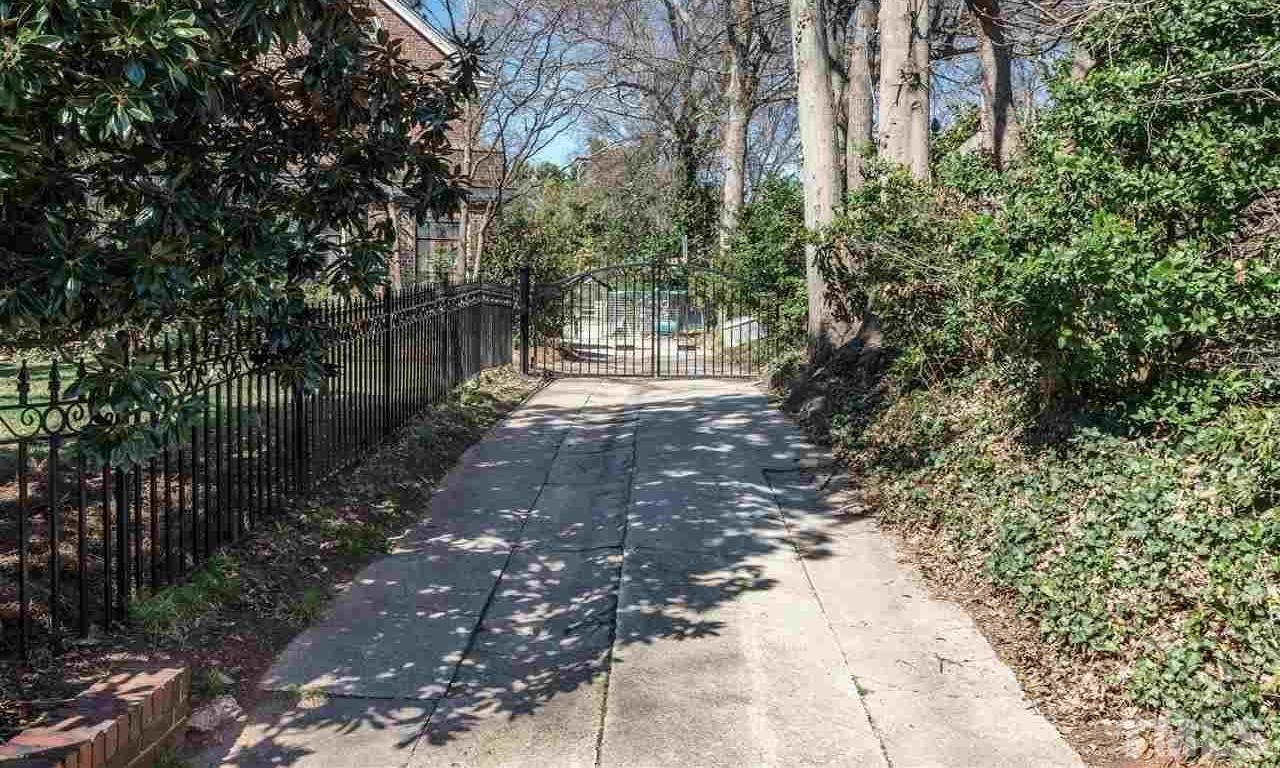 1809 Glenn Avenue