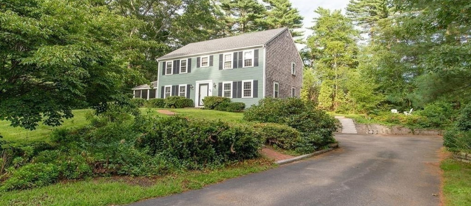TOP 5 COLONIAL STYLE HOMES IN DUXBURY