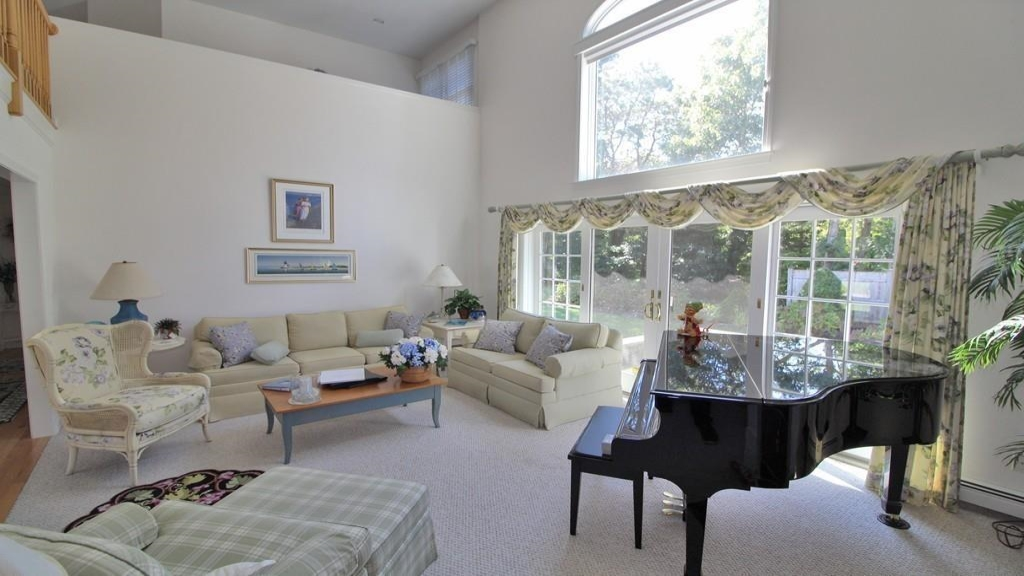 58 Coveview Drive