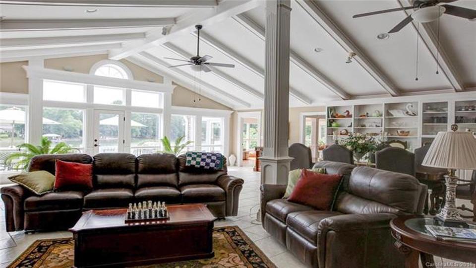 207 Riverview Terrace