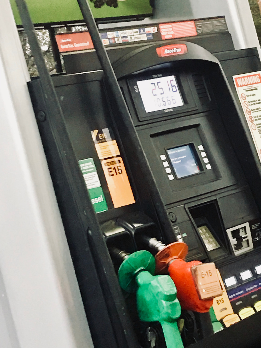 Picture of a Gas/Petro Pump