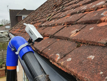 The Advantages of a Gutter Vacuum.
