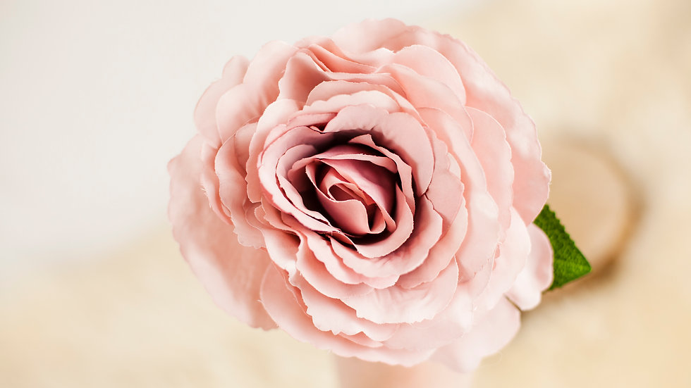 Silk Tudor Rose short stem