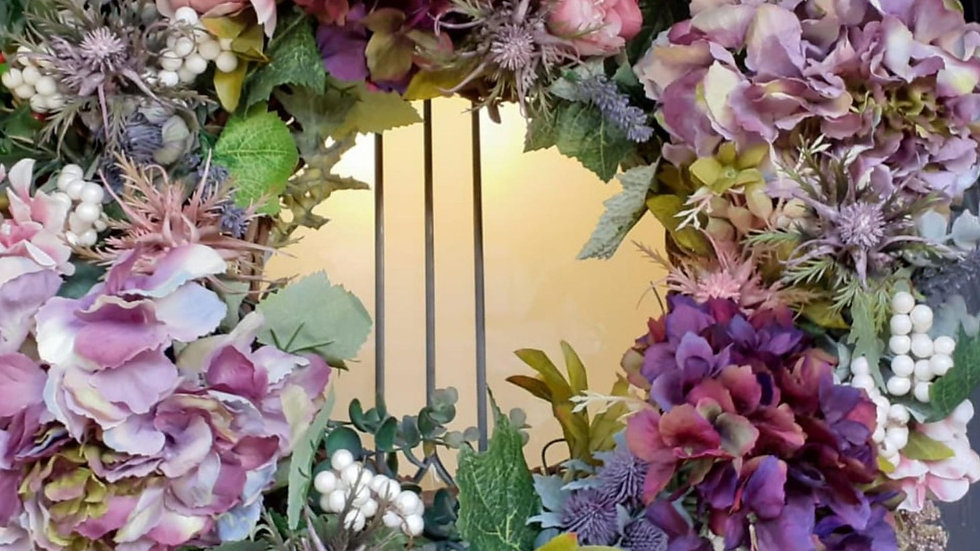 Country cottage door wreath