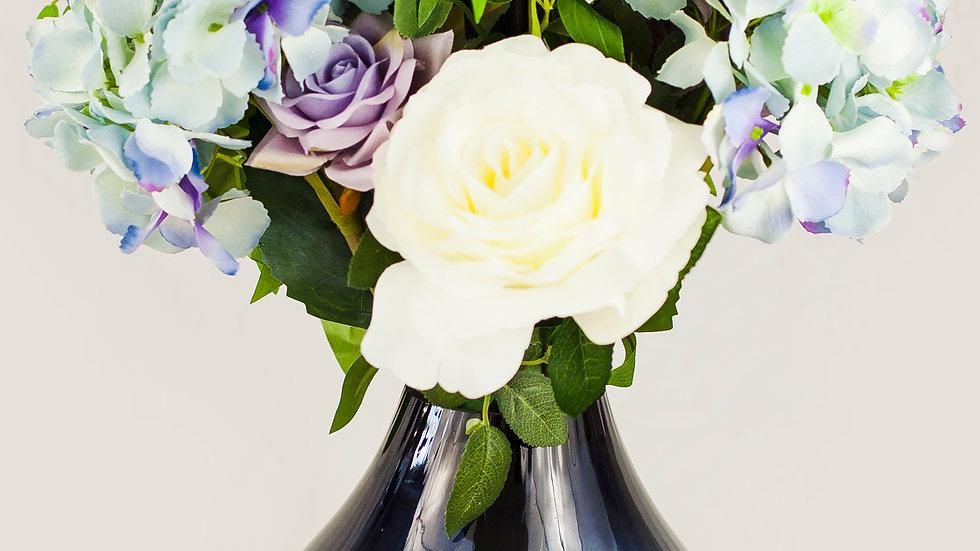 Rose and Hydrangea Luxury