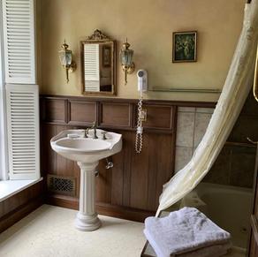 Antique Rose bath