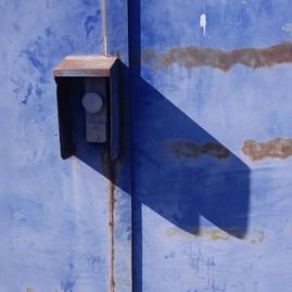 BLUE BACK DOOR