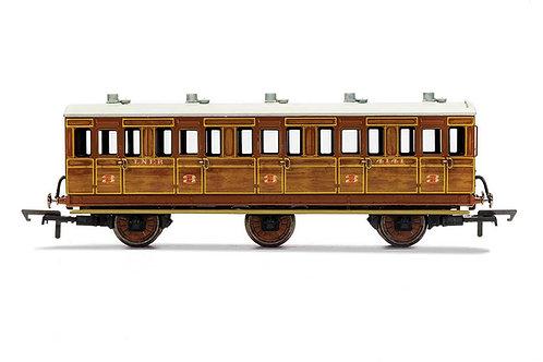 R40082 LNER 3rd Class 5 Door 6 wheel coach Oil lamps + step boards 4141