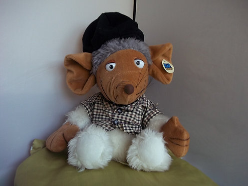 Animals(TM) by Play Makers Vintage NWT Stored & Moved Around- Plush Mouse/Rat