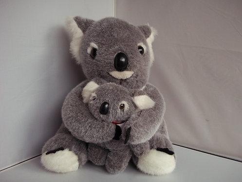 BNWT AUSTRALIA SOUVENIR Large Cuddly Toy Mommy Koala