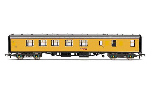 R40024 Network Rail Mk1 Brake Composite Corridor DB 975280 - Era 11