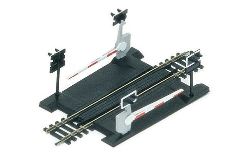 R645  Single Track Level Crossing