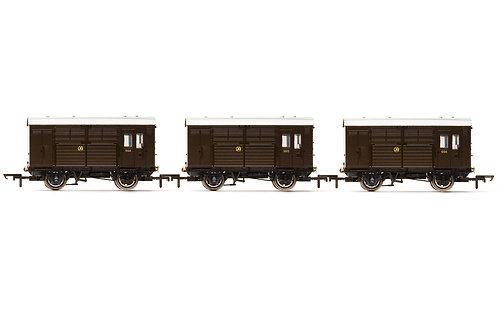 R6883 Horse Boxes, three pack, GWR - Era 3