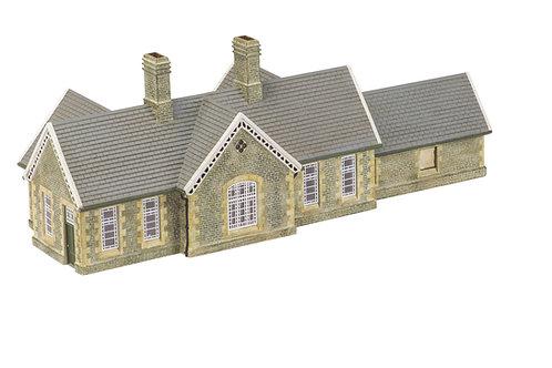 R9836 Granite Station Building