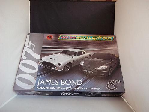New MICRO SCALEXTRIC 1:64 James Bond Aston Martin DB5 & DBS Action Set G1122