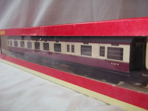 Hornby R4188A BR 68ft Dining Car M231M