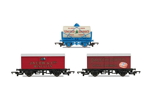 R6991 Hornby 'Retro' Wagons three pack United Dairies Tanker Jacob's Biscuits